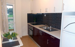 room-with-separate-kitchen-17